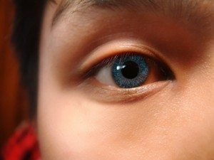 The Right Time to Buy Contact Lenses for Children