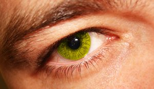 How to Choose the Right Color for Your Contact Lens